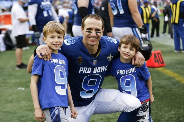 Watch Drew Brees Share An Adorable Workout With Youngest Son