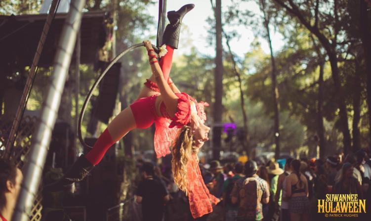 Suwannee Hulaween - Aerial Performer