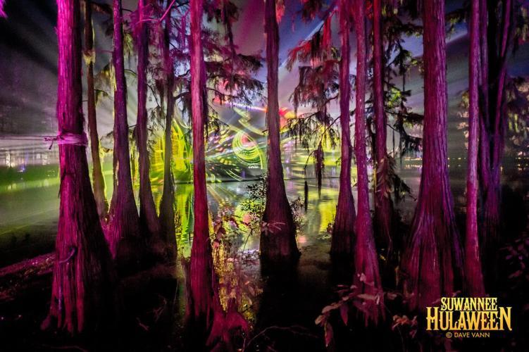 Suwannee Hulaween - Spirit Lake